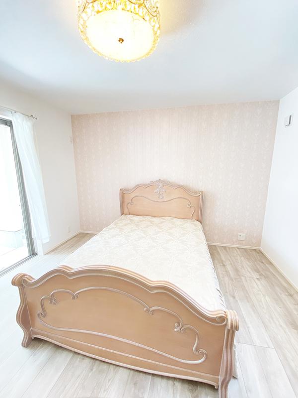 姫スタイルのベッドルーム