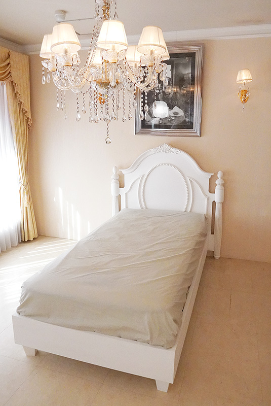 クラシックベッド