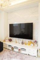 造作 テレビボード  W260cm シェルの彫刻 3枚扉 引出し 4杯 スーパーホワイトグロス色